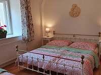 Ložnice 1 - chalupa ubytování Městečko u Chotýšan