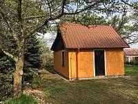 Chata Divišov - Ze zahrady - ubytování Divišov u Benešova