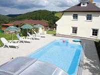 dům-bazén