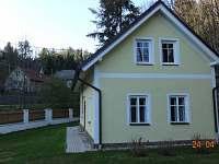 Chalupa Županovice - pohled ze zahrady