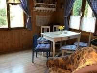 jídelna - chata k pronájmu Lašovice