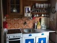 kuchyně - chata k pronájmu Lašovice