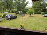 pohled z terasy - pronájem chaty Vlastějovice
