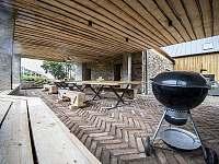 venkovní kuchyň - Hojšín