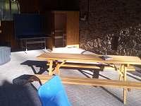 sezení ve stodole - Kostelní Střimelice
