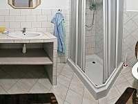 koupelna a WC v 1. patře - Petrovice