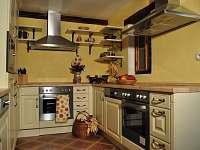 kuchyně - pronájem chalupy Břežany