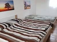Apartmán 2 - ložnice s přistýlkou