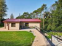 Slapy Lahoz Holiday Home near golf and lake -