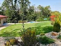 Zahrada - pronájem chaty Slapy - Lahoz