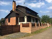 Chata k pronajmutí - okolí Českého Šternberku