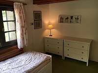 Ložnice v přízemí - dětský pokoj