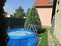 Chata Lucie - bazén - ubytování Mnetěš