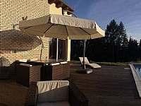 Luxusní moderní Vila se slaným bazénem a kinem - vila ubytování Samopše - 2
