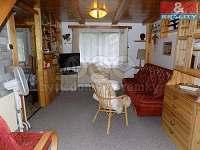 Obývák s rozkládací sedačkou