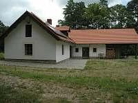 Levné ubytování ve Středních Čechách Chalupa k pronajmutí - Veliš
