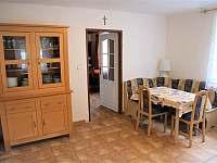 Kuchyň 2 - chalupa k pronajmutí Chleby
