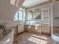Koupelna velká sdílená - Drevníky