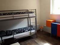Ložnice č.2 s palandami -4 lůžka