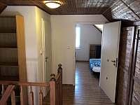 chodba s WC 1. patro - Měňany