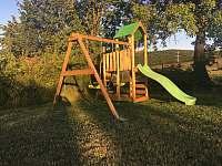 dětský hrad - chalupa k pronajmutí Měňany