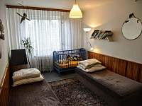 Dětský pokoj ložnice II - rekreační dům k pronajmutí Krakovany