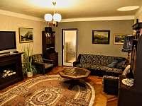 Obývací pokoj - rekreační dům k pronajmutí Krakovany