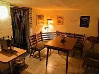 Suterenní místnost-společenská místnost - Krakovany