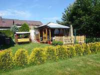 houpačka,travnatá zahrada - Příbram - Láz