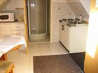 ap.č.2 kuchyňka a sociální zařízení
