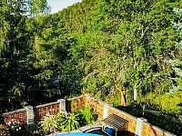 Terasa s bazénem - chata k pronajmutí Městečko u Křivoklátu