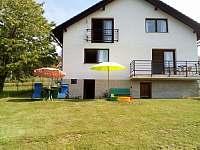 pohled ze zahrady - pronájem rekreačního domu Sázava - Černé Budy