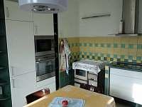 kuchyně - pronájem chalupy Pavlíkov