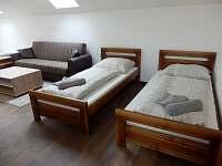 Pokoj pro 4 osoby v podkroví