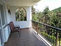 Chata Loužek - zastřešená terasa