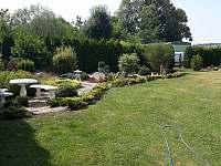 Zahrada - chata ubytování Chodouň