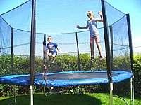 Radost na trampolíně