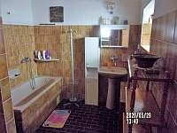 koupelna - chalupa k pronájmu Nuzerov