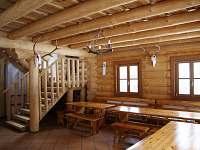 Společenská místnost s krbem - srub k pronajmutí Lipka na Šumavě