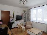 Hájenka,obývací pokoj - apartmán k pronájmu Nové Hutě