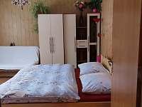 Ložnice 1 - apartmán k pronájmu Nové Hutě