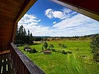 Výhled z balkónu - apartmán k pronajmutí Filipova Huť