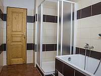 TROJKA - koupelna - apartmán k pronájmu Čachrov - Kunkovice