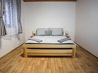 TROJKA - ložnice - pronájem apartmánu Čachrov - Kunkovice