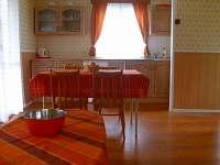 Kuchyň - chata k pronájmu Hnačov