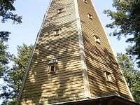 rozhledna Sedlo u Podmokel - volně přístupná, krásná procházka lesem -