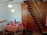 schodiště do podkrovní ložnice