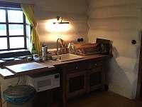 Kuchyňka a mycí pult - Úbislav V Dílech
