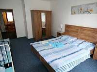 Čtyřlůžkový modrý pokoj