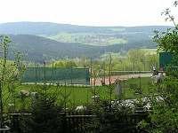 Pohled na sjezdovku Kobyla Churáňov